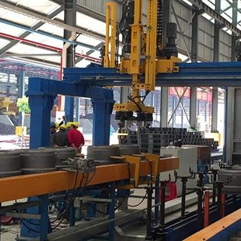 广州富华铸铁上件桁架机械手